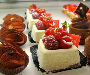 Những loại bánh ngọt giúp dân văn phòng giảm cân