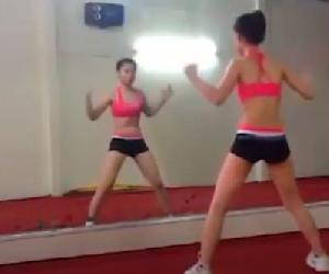 10 phút tập thể dục cùng Aerobic đơn giản tại nhà